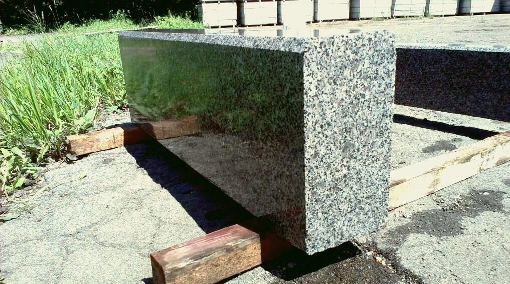 Бордюрный камень